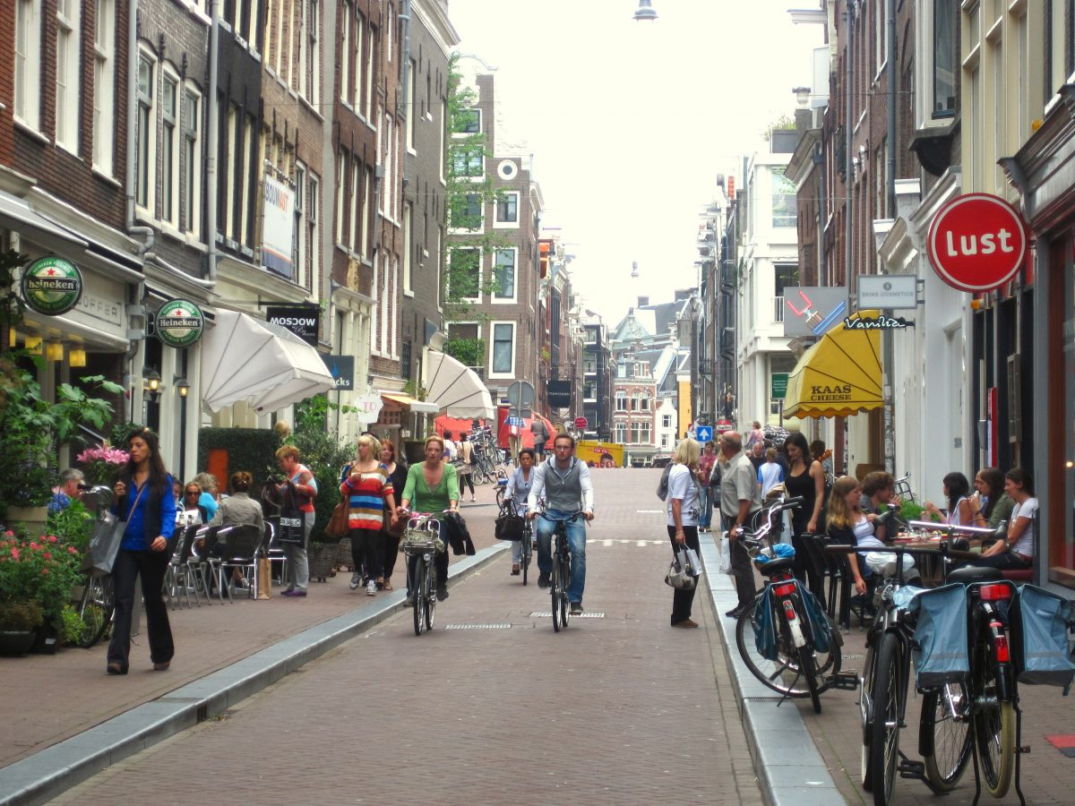 SHOPPING FOR CLOTHING IN AMSTERDAM- Amsterdam has lots of shopping areas where you can find the fashions you seek! Here is our guide to places to shop for clothing in Amsterdam. 9 straatjes awesomeamsterdam.com