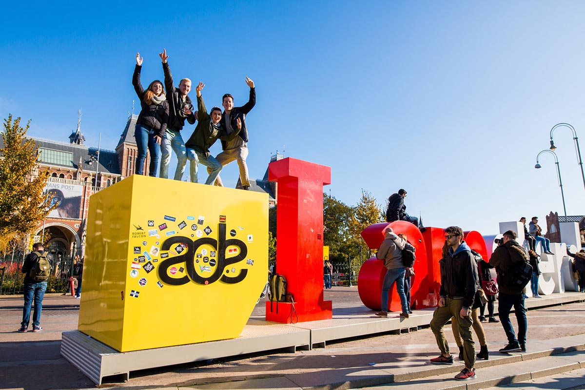The Amsterdam Dance Event is a 5 day festival and conference from 18-22 October, with more than 300 music related events all over Amsterdam.