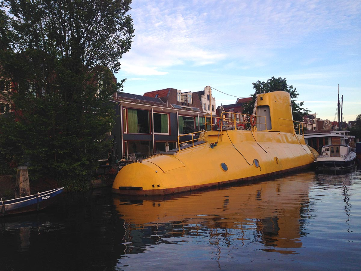Stay On A Houseboat In Amsterdam What Is It Like To Live