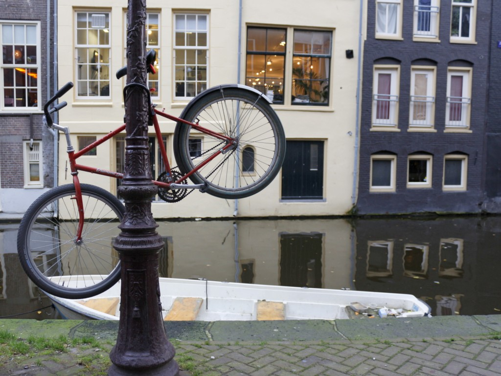 GUIDE TO BICYCLING IN AMSTERDAM - Bicycling is the preferred Dutch way to experience Amsterdam and by far the most popular form of getting around. Read this Guide to Bicycling in Amsterdam for tips to keep you and your bike safe.