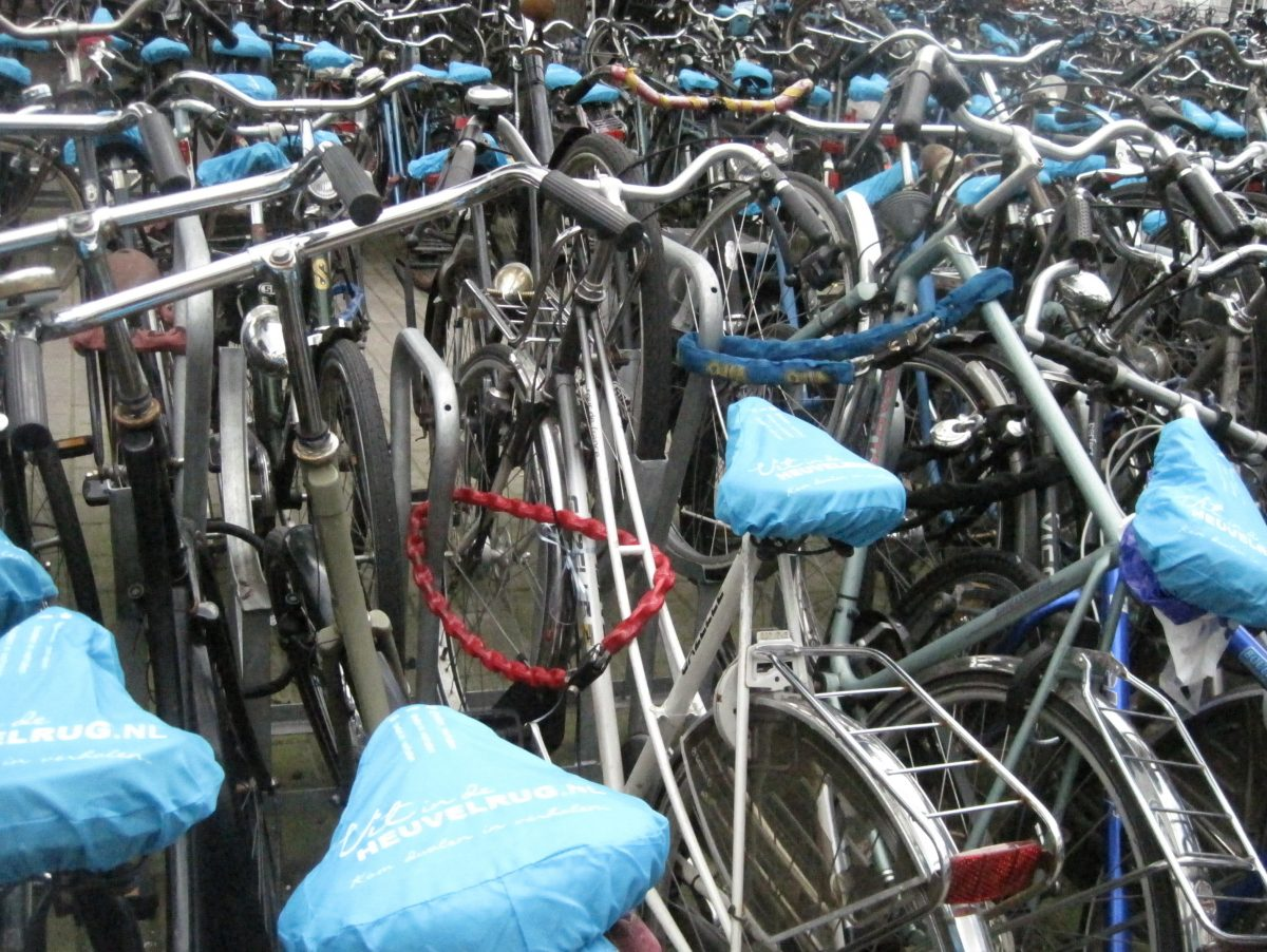 fun facts about Amsterdam bicycles