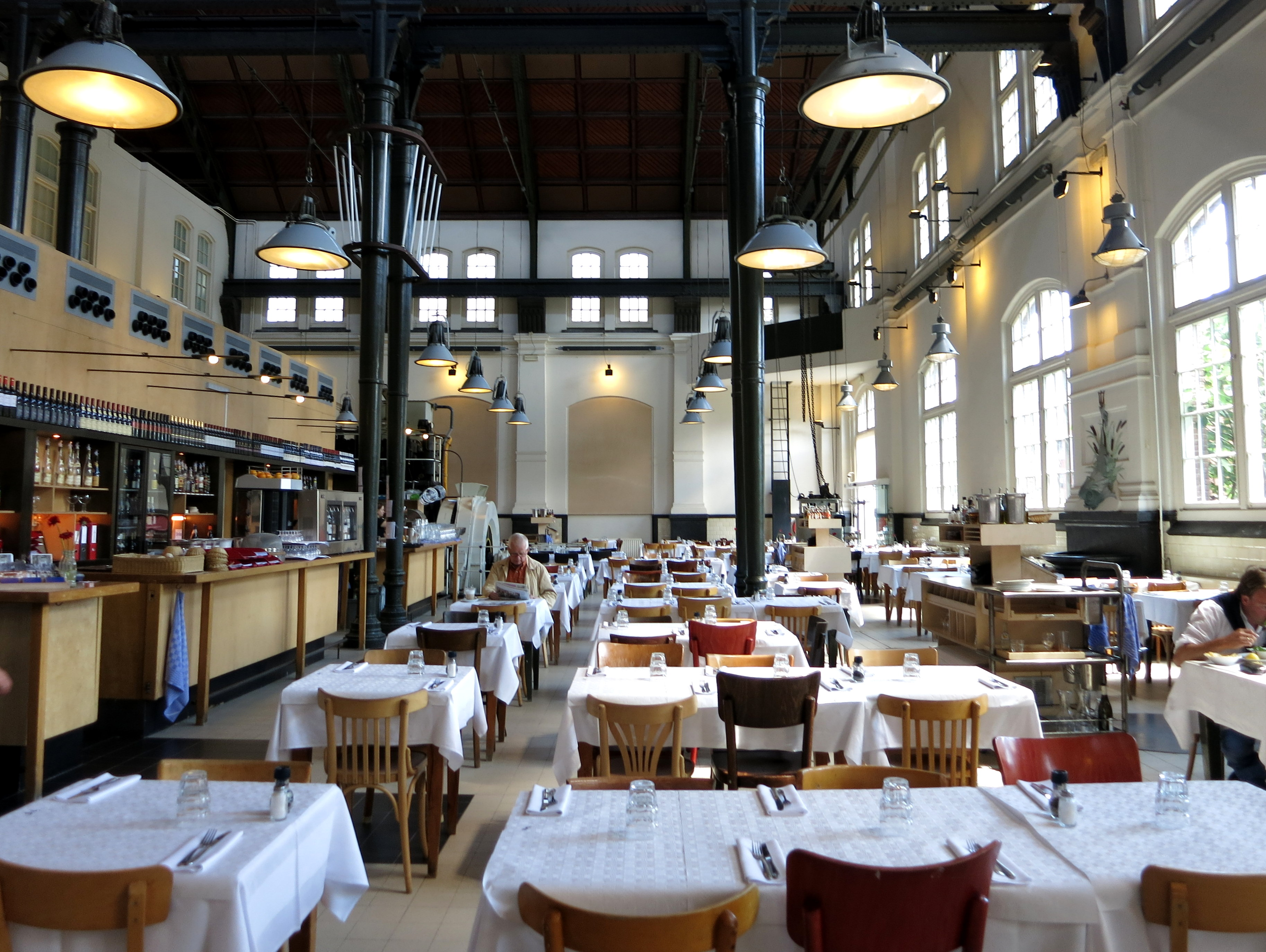 Cafe restaurant amsterdam spacious restaurant in for The restaurant
