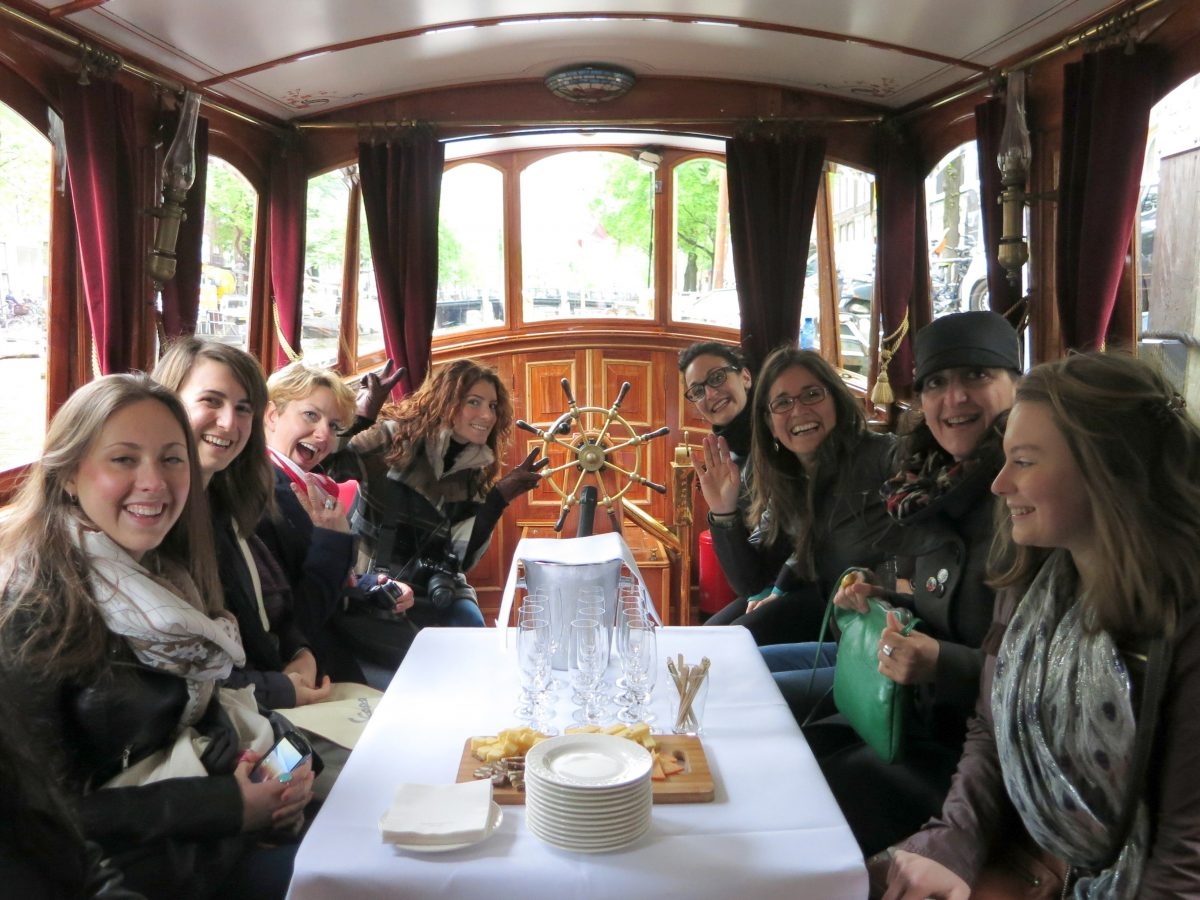 AMSTERDAM FOOD TOURS • DISCOVER THE CITY THROUGH FOOD & DRINKS