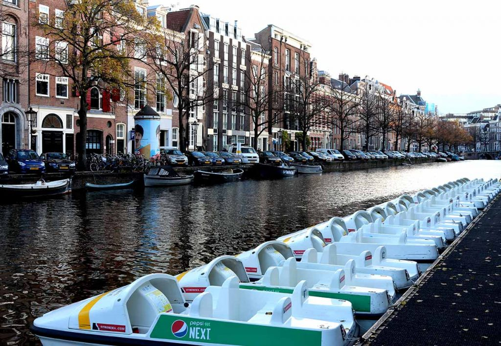 Top 5 Canal Boat Rentals in Amsterdam- pedal boats amsterdam