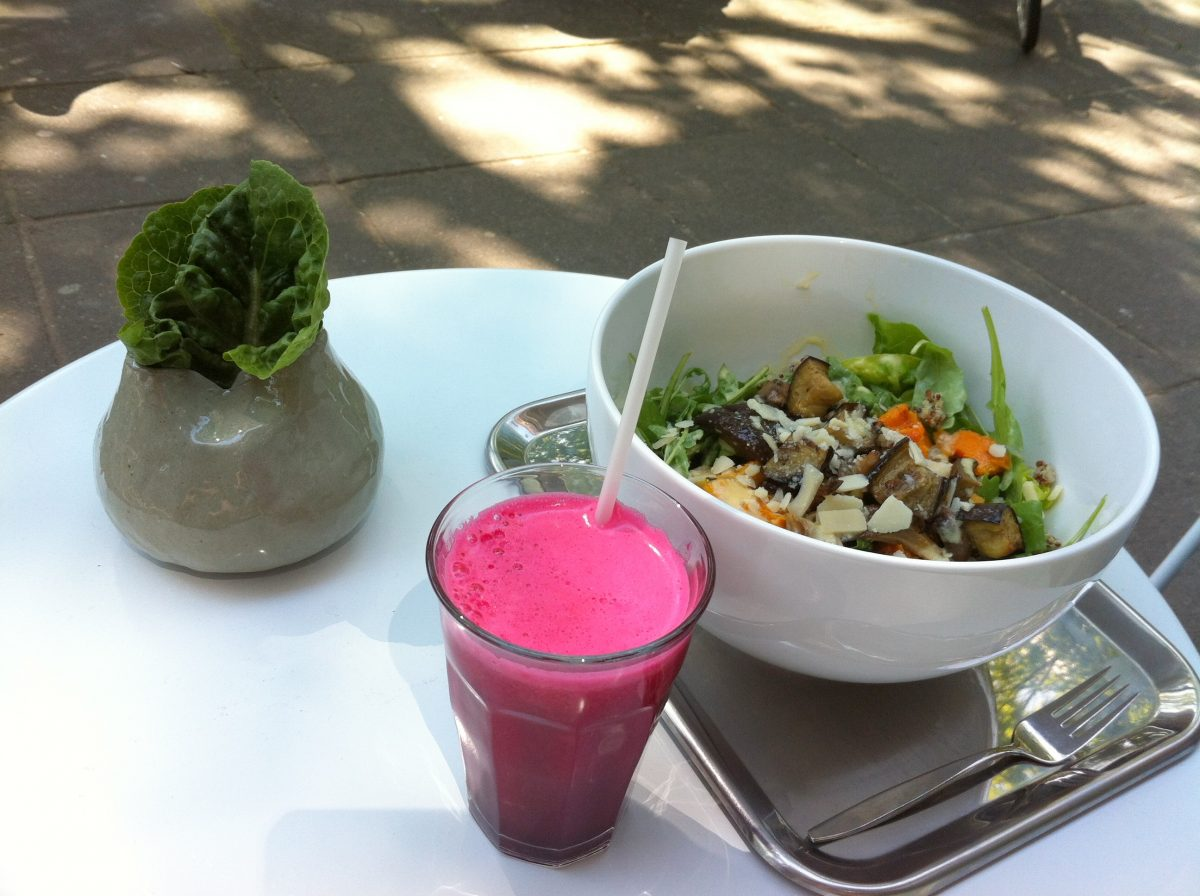 SLA AMSTERDAM • GET HEALTHY WITH SALADS, JUICES & MORE