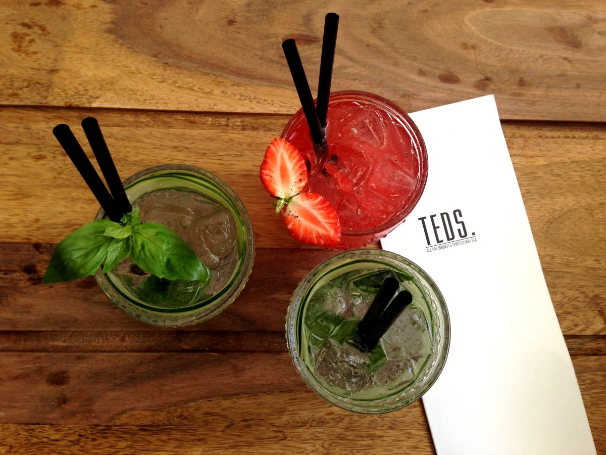 Check out these fabulous places for a boozy brunch in Amsterdam!