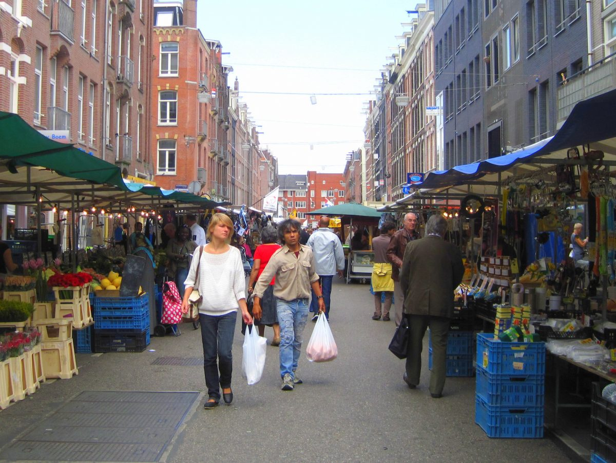Go shopping! AMSTERDAM'S BEST WEEKLY STREET MARKETS