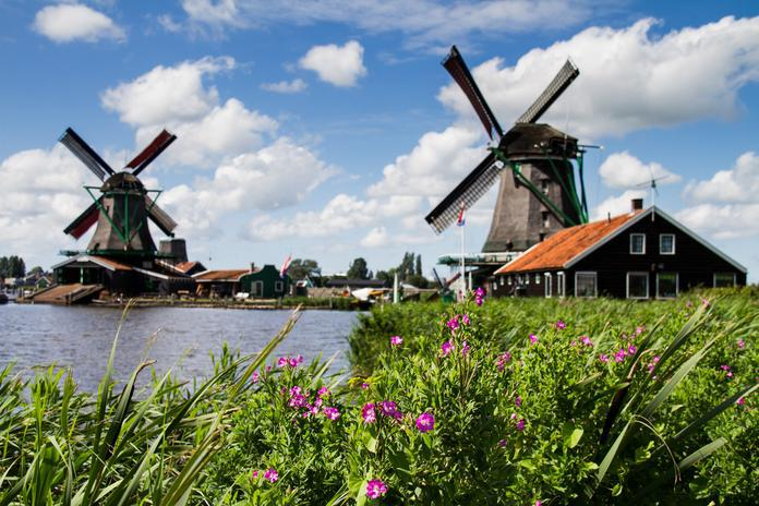 10 Day Trips from Amsterdam in Spring - Zaanse Schans