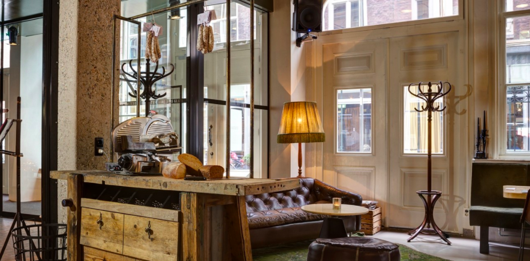 BOUTIQUE & UPSCALE HOTELS IN AMSTERDAM- Hotel V - Visiting Amsterdam and looking for a nice place to rest your head? These are some of the best hotels in Amsterdam, and some are wonderfully unique too.