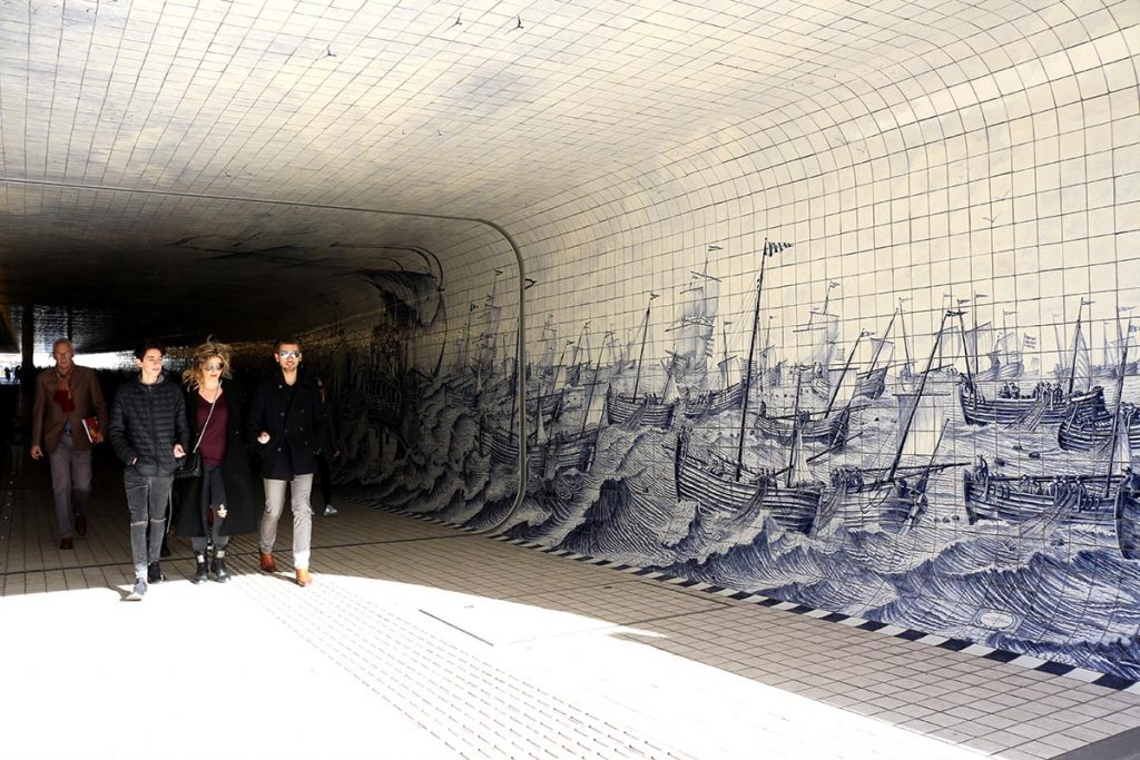 Getting Around in Amsterdam - centraal tunnel tile