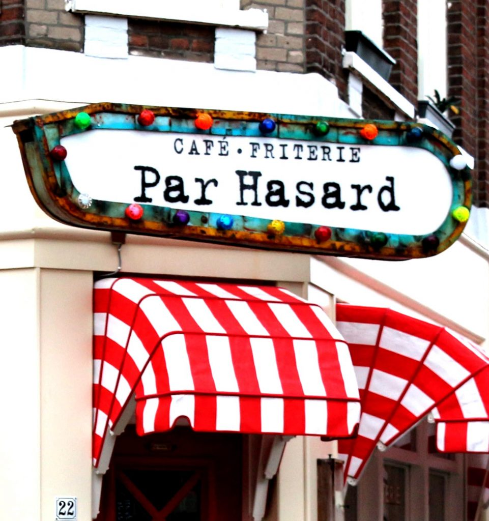 Par Hasard  makes fries exactly how we love them, crispy on the outside and tender in the middle.