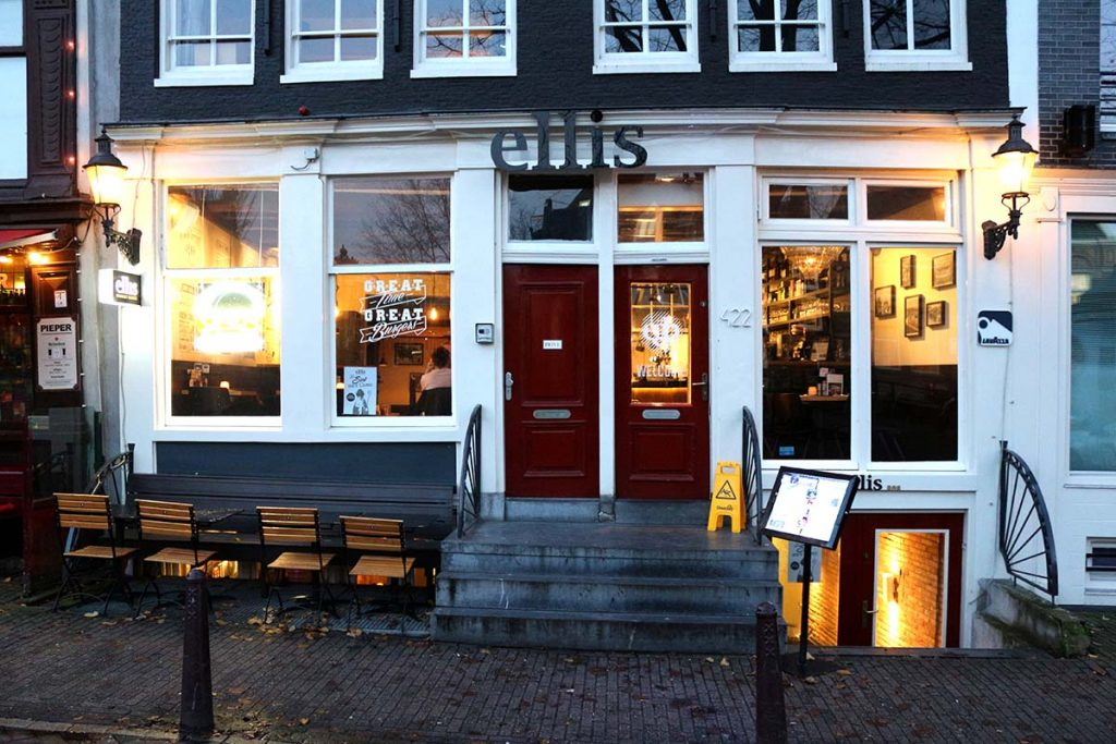 BEST BURGERS IN AMSTERDAM- ellis