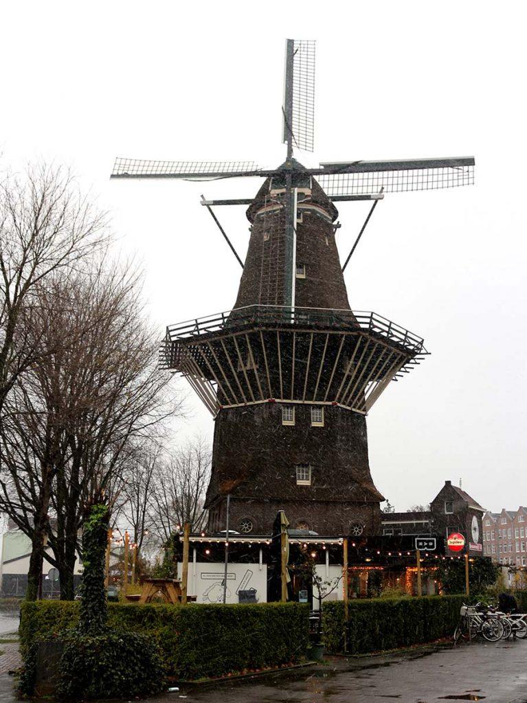 WINDMILLS IN AMSTERDAM - De Gooyer - Brouwerij t IJ