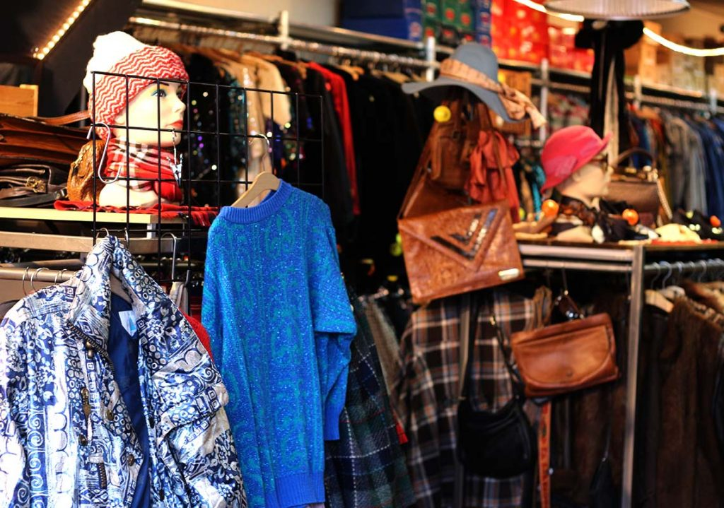 78f884958e BEST VINTAGE CLOTHING SHOPPING IN AMSTERDAM - cute shops + markets