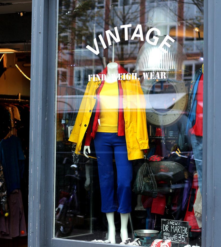 BEST VINTAGE CLOTHING SHOPPING IN AMSTERDAM - Kilo Shop
