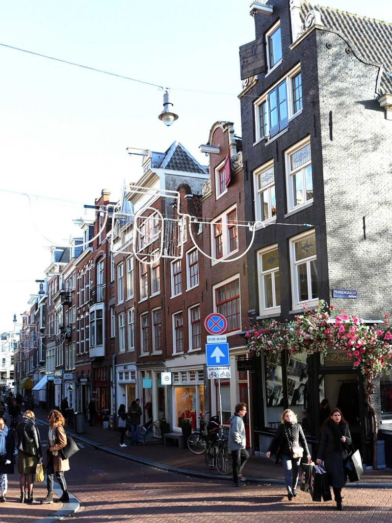 De 9 Straatjes / The Nine Streets Amsterdam - shop, eat, drink, wander