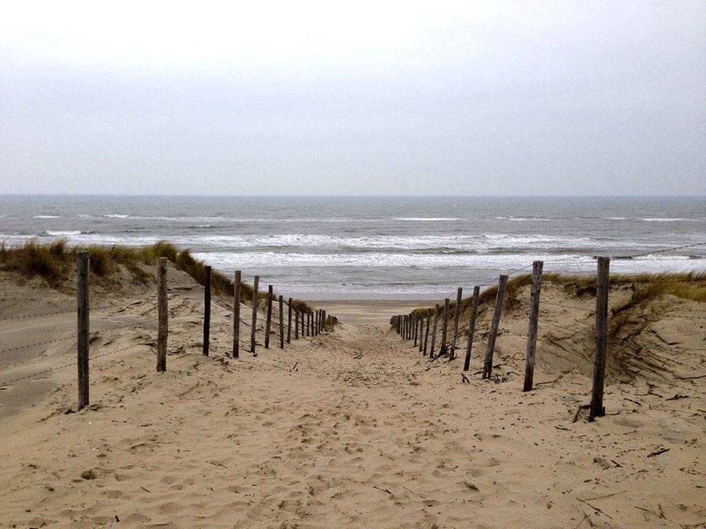 10 Day Trips from Amsterdam in Winter :: Zandvoort