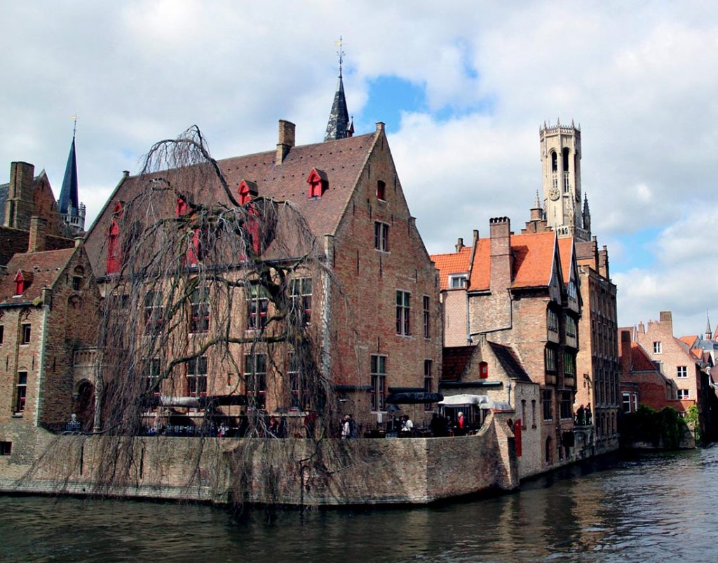 10 Day Trips from Amsterdam in Winter :: Brugge Belgium
