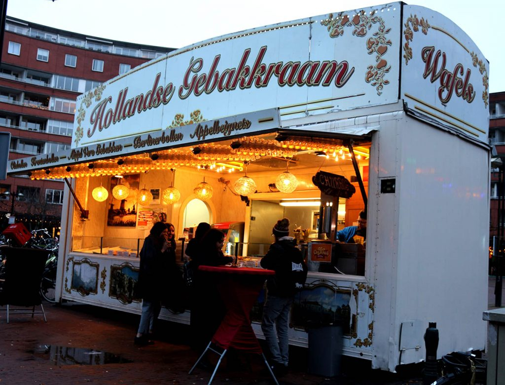 Where to Get Oliebollen in Amsterdam :: 5 Best Oliebollen in Amsterdam