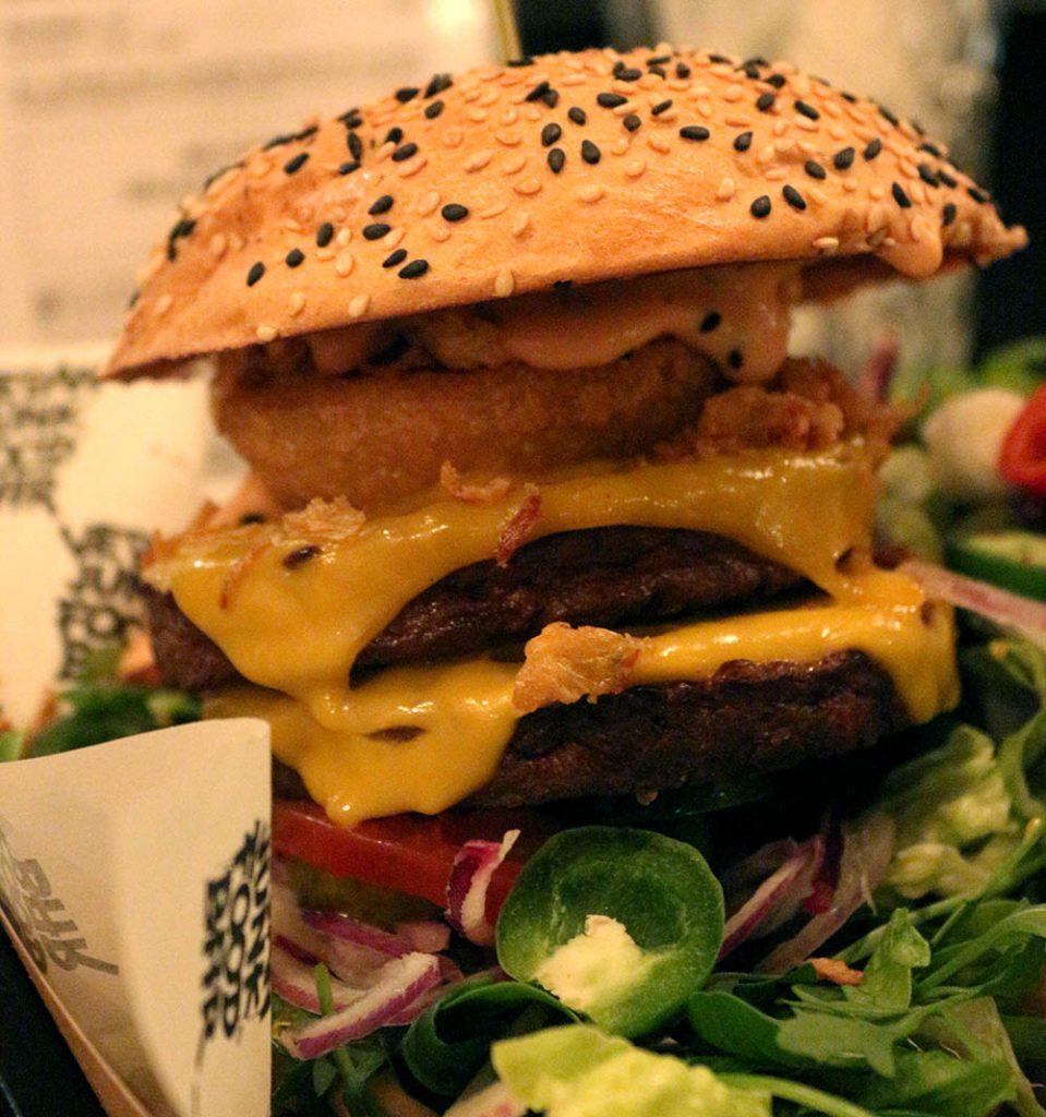 Best veggie burgers in amsterdam for vegans vegetarians for Bar food vegetarian