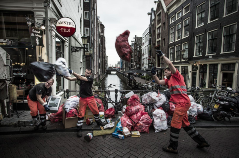 World Press Photo Exhibit Amsterdam 2018 - Kadir van Lohuizen