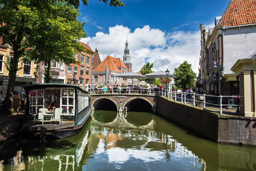 10 Day Trips from Amsterdam in Fall - fun places to go in Holland in Autumn: Alkmaar