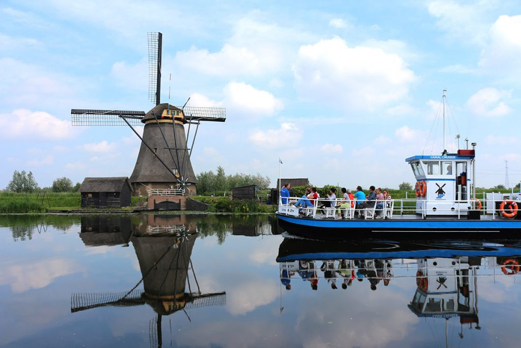 10 Day Trips from Amsterdam in Fall - fun places to go in Netherlands in Autumn: Kinderdijk